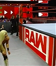 WWE_Monday_Night_Raw_2018_04_16_720p_HDTV_x264-NWCHD_mp4_005629299.jpg